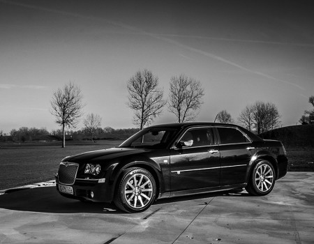 Chrysler 300C SRT